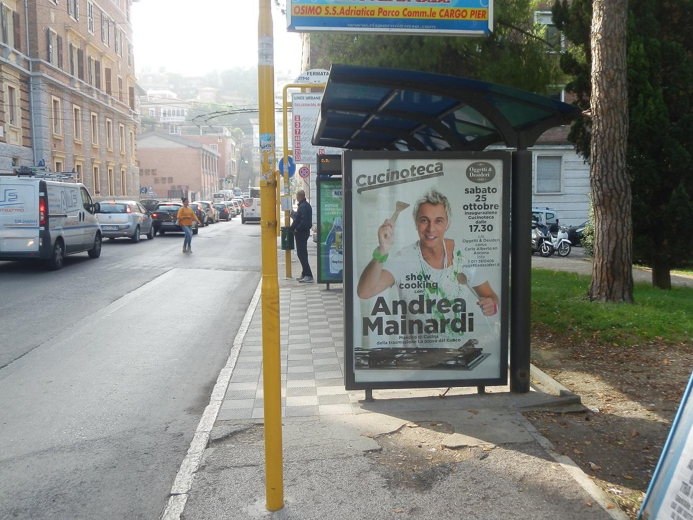 Lpe libenzi pubblicita esterna pubblicita arredo urbano for Arredo urbano ancona