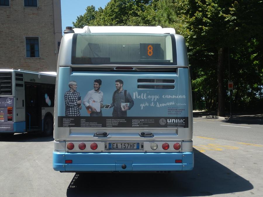 adesiva posteriore autobus
