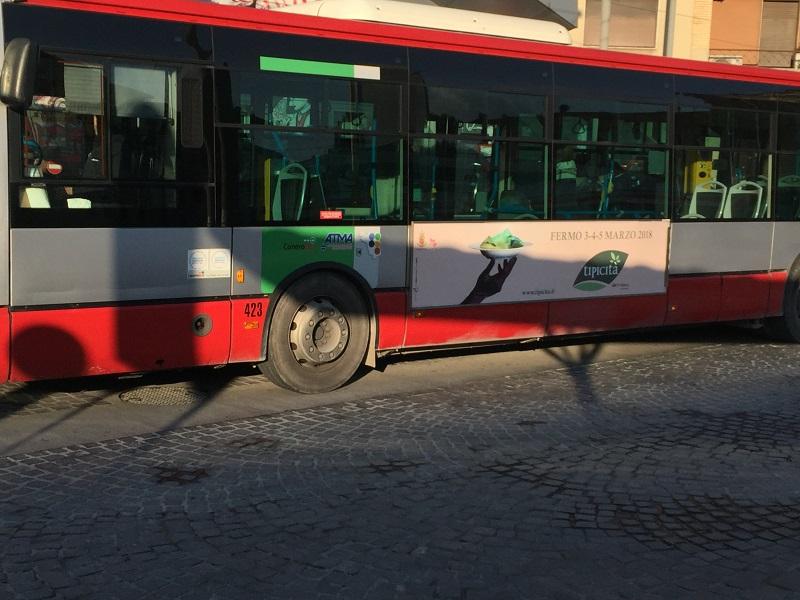 pubblicità negli autobus provincia di ancona