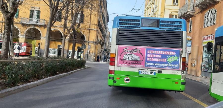 chiama libenzi per info pubblicità negli autobus