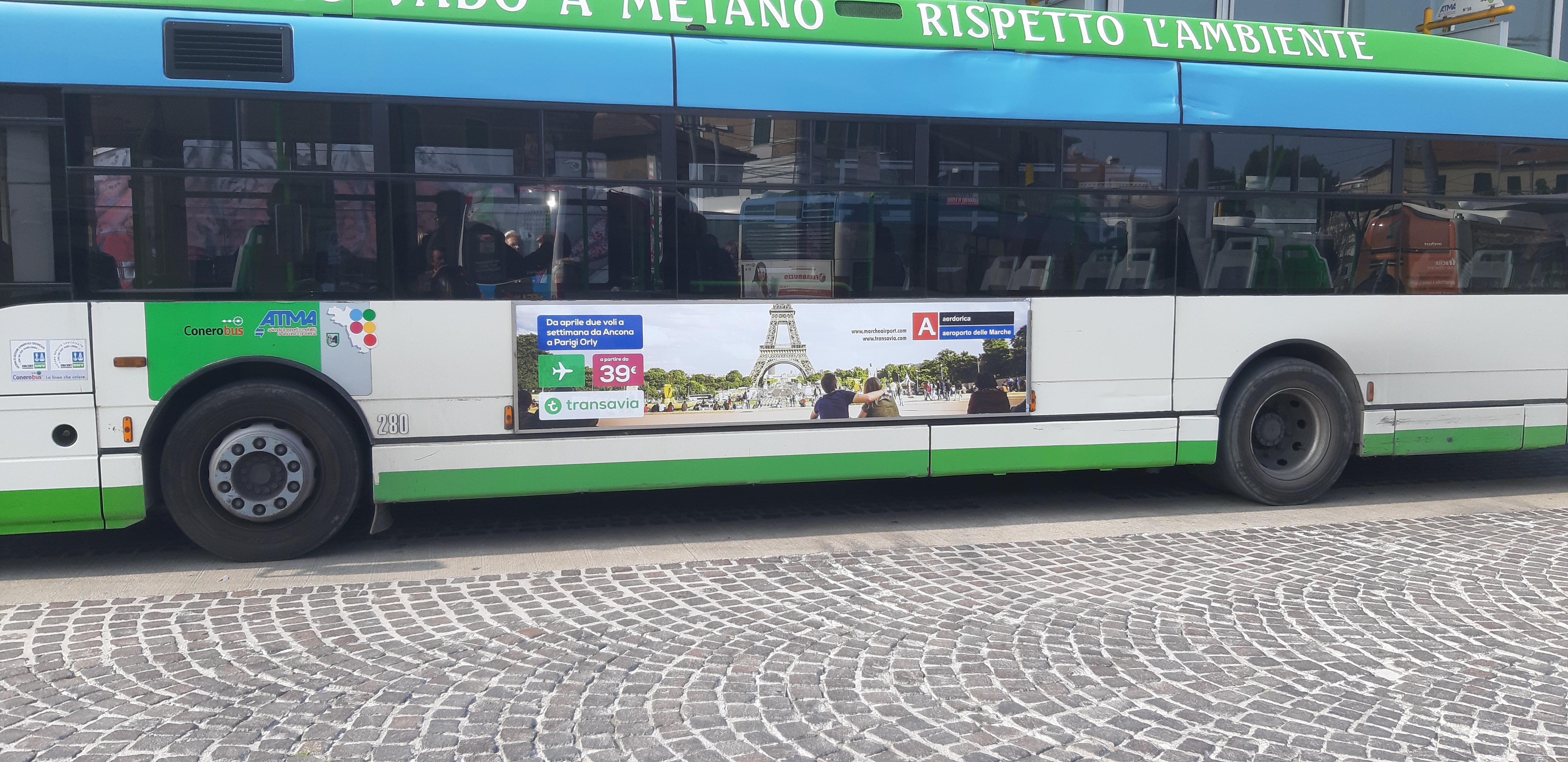 pubblicita begli autobus di ancona e provincia? Libenzi