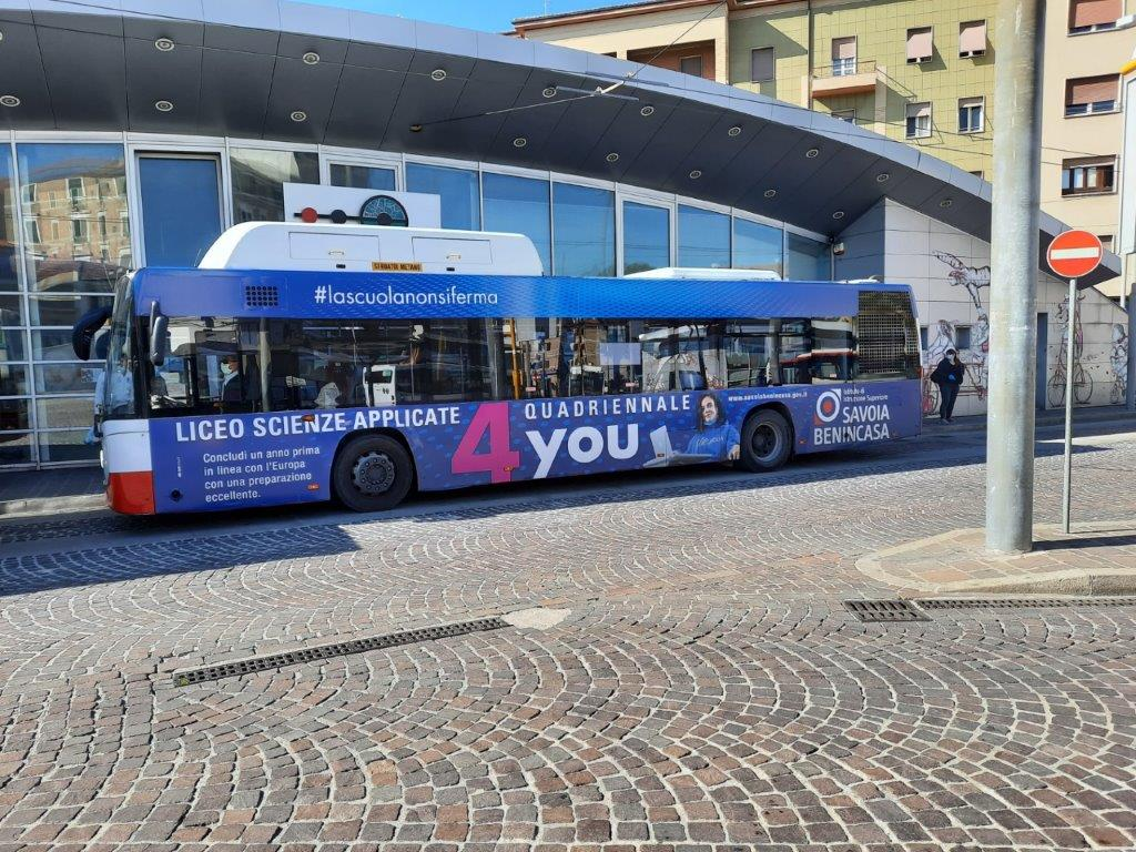 adesive autobus ancona