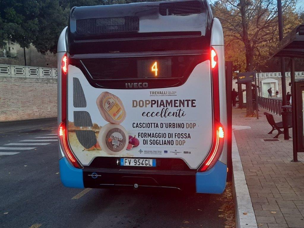 pubblicità nei bus macerata