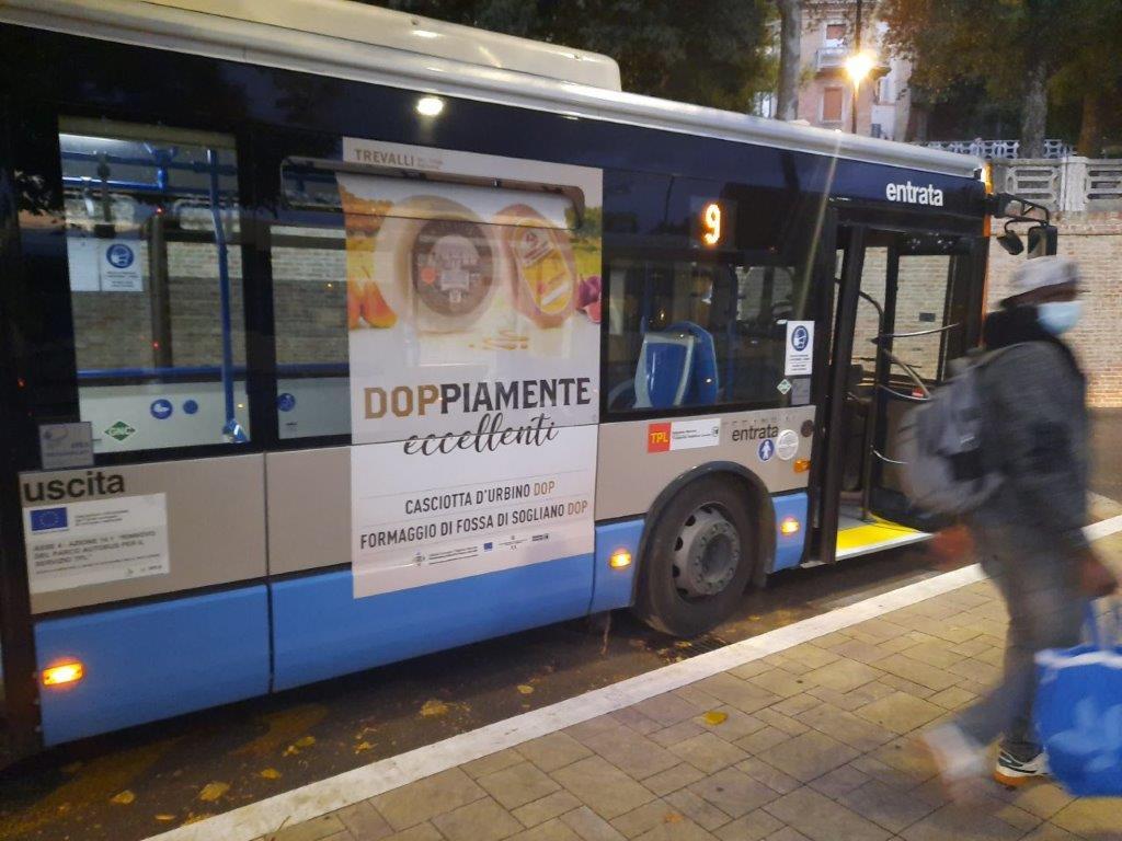 libenzi pubblicità nei bus