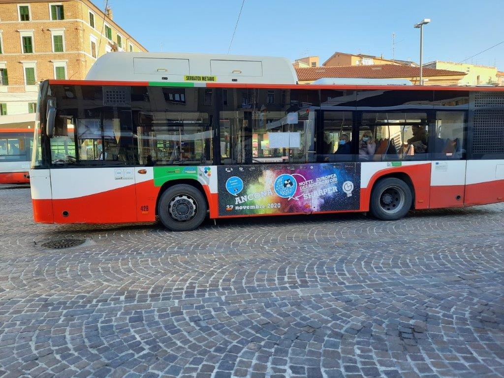 scegli libenzi pubblicità autobus